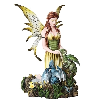 FAIRY KNEELING W/ DRAGONLINGS
